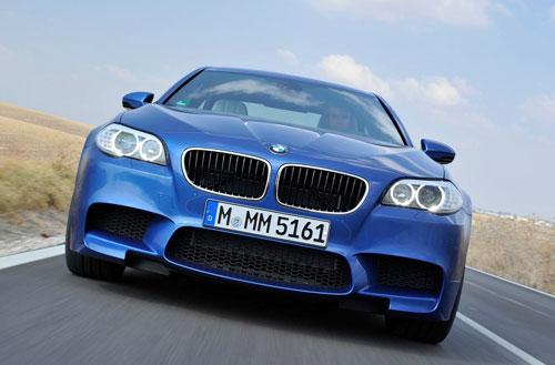 BMW M5 (frontal)