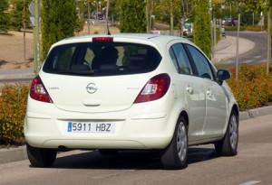 Opel Corsa 1.3 CDTi Ecoflex C'Mon (trasera)