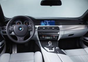BMW M5 (interior)