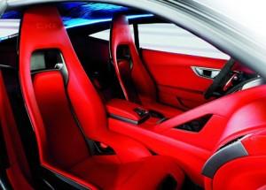 Jaguar C-X16 (interior rojo)