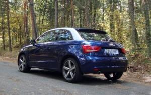Audi A1 1.6 TDI Ambition (trasera)