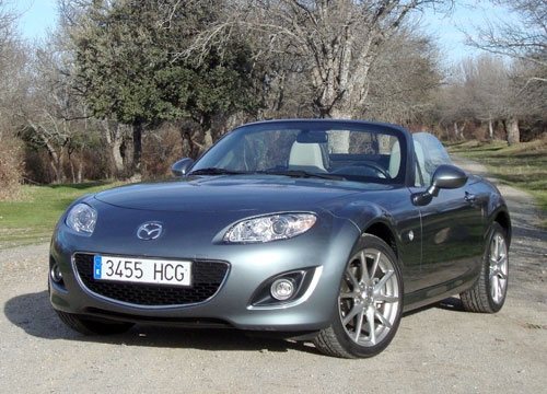Mazda MX-5 Roadster Coupé 1.8 Iruka (frontal)