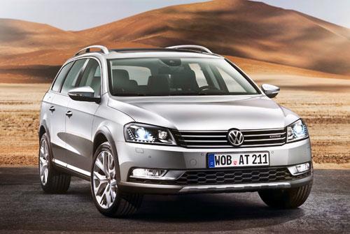 Volkswagen Passat Alltrack (frontal)