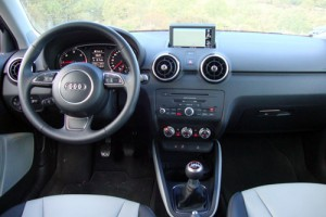 Audi A1 1.6 TDI Ambition (interior)