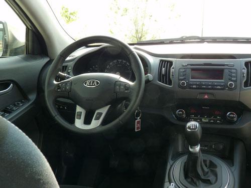 Kia 2.0 CRDi 136 CV Drive 4x4 (interior)