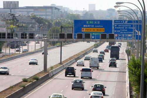 El 50% de los conductores iberoamericanos desconoce señales y normas básicas de circulación