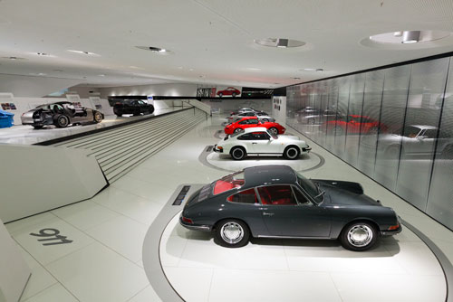 Exposición museo Porsche 911 en Stuttgart