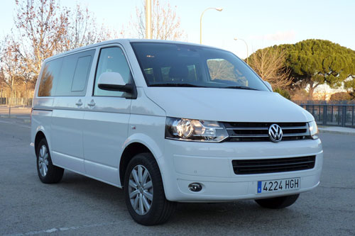 Volkswagen Multivan 2.0 TDI Comfortline Edition 4Motion (frontal)