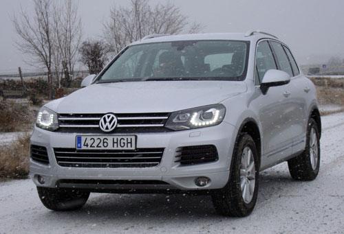 Volkswagen Touareg 3.0 V6 TDI Premium (frontal)
