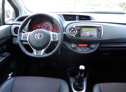 Toyota Yaris 1.4 D-4D Sport (interior)