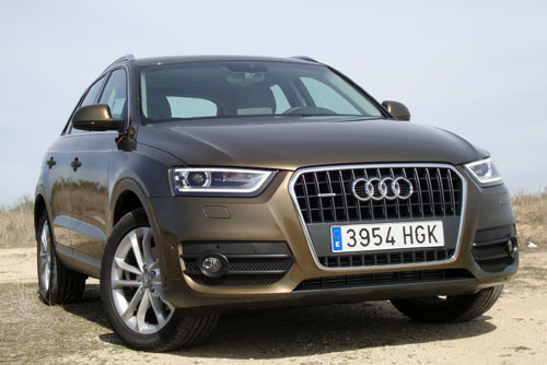 audi q3 2 0 tdi s tronic quattro ambiente. Black Bedroom Furniture Sets. Home Design Ideas