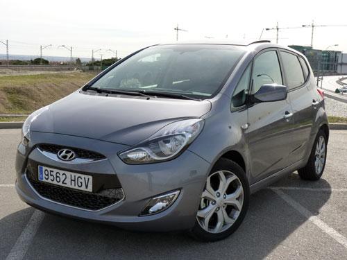 Hyundai ix20 1.6 CRDi Sport Sky (frontal)