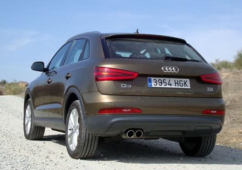 Audi Q3 2.0 TDI S Tronic Quattro Ambiente (trasera)