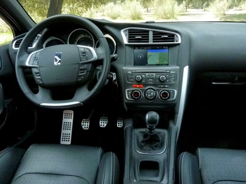 Citroen DS4 2.0 HDI 164 cv (interior)