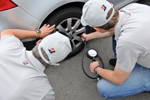 Los conductores europeos no comprueban la presión de los neumáticos