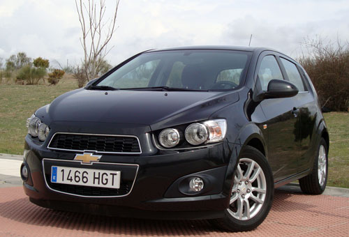 Chevrolet Aveo 1.3 D 95 CV LTZ 5p (frontal)