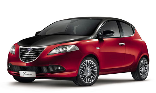 Lancia Ypsilon Black&Red (frontal)