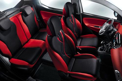 Lancia Ypsilon Black&Red (interior)