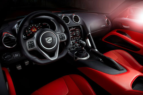 Dodge SRT Viper GTS (interior)