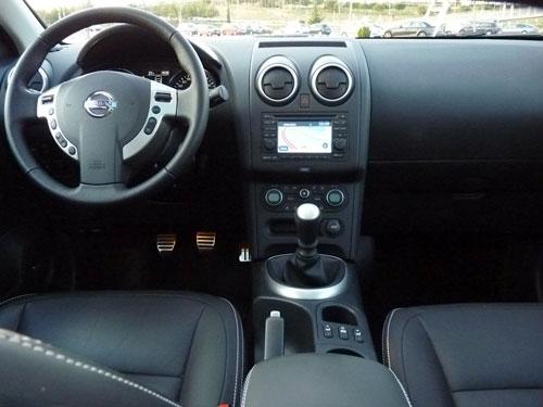 Nissan Qashqai+2 1.6 dCi Tekna Premium 4x2 (interior)