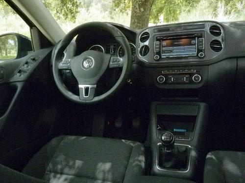 Volkswagen Tiguan 2.0 TDI 110 CV (interior)