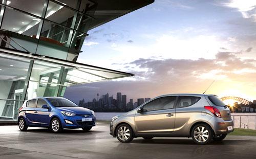 Hyundai i20 (frontal y trasera)