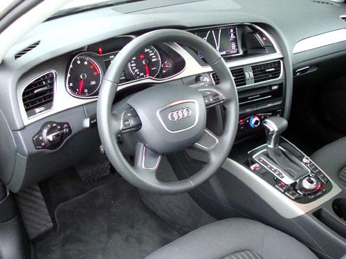 Audi A4 1.8 TFSI 170 CV (interior)