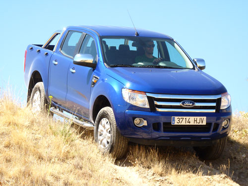 Ford Ranger (frontal)