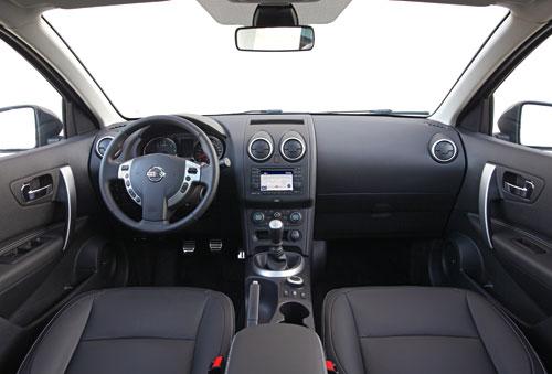 Nissan Qashqai+2 (interior)