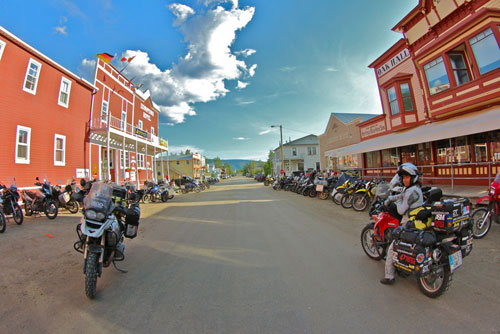 Miquel Silvestre y Alicia Sornosa - Dawson City