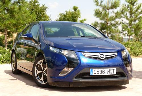 Opel Ampera (frontal)