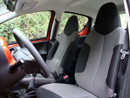 Toyota Aygo (asientos delanteros)
