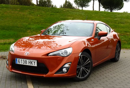 Toyota GT86 (frontal)