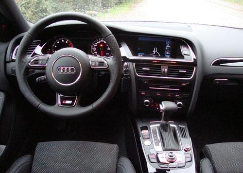 Audi A4 Avant (interior)