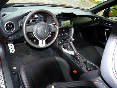 Toyota GT86 (interior)