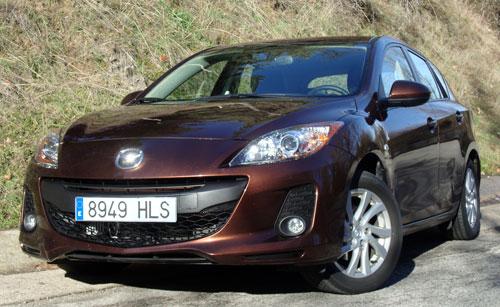 Mazda 3 1.6 CRTD Mirai 5p (frontal)