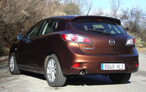 Mazda 3 1.6 CRTD Mirai 5p (trasera)