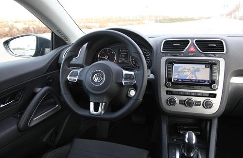 Volkswagen Scirocco 1.4 TDI 140 CV (interior1)