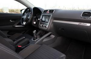 Volkswagen Scirocco 1.4 TDI 140 CV (interior2)