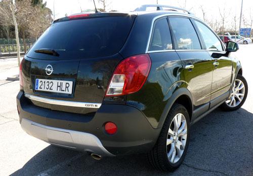 Opel Antara (trasera)