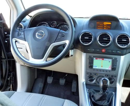 Opel Antara (interior)