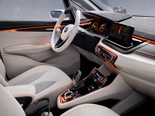 BMW Concept Active Tourer (interior)
