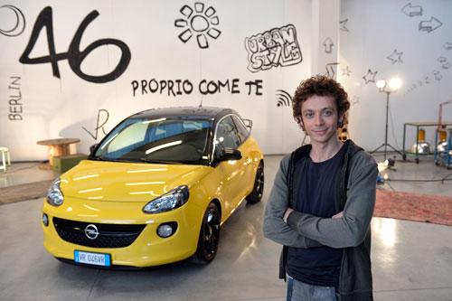 Valentino Rossi embajador de Opel Adam