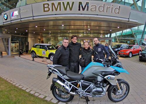 Miquel Silvestre con BMW R 1200 GS (2)