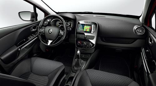 Renault Clio Sport Tourer (interior)