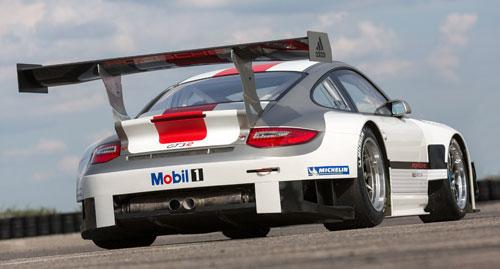 Porsche 911 GT3 R trasera