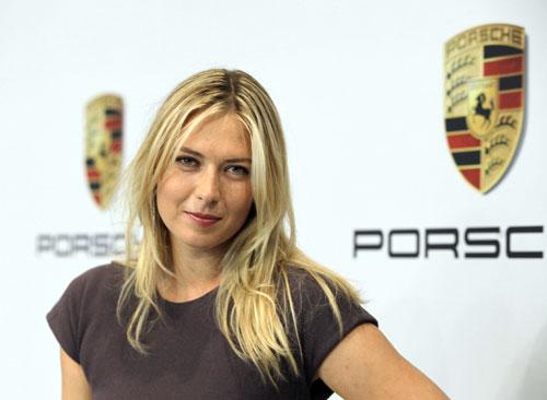 Maria Sharapova - Porsche (1)