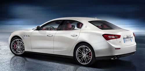 Maserati Ghibli (trasera)