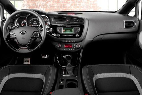 Kia Pro_Cee'd (interior)