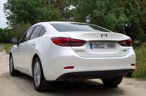 Mazda 6 (trasera)
